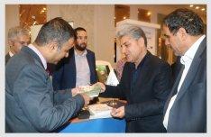 در پنجمین کنفرانس برترین برندها و مراکز تجاری ایران  کورشمال دو تندیس و لوح تقدیر دریافت کرد